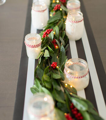 How To Make a Ball Jar DIY Christmas Tabelscape