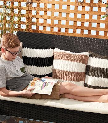 How To Make A Bernat Maker Outdoor Knit Striped Pillow