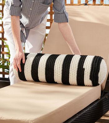 How To Make A Bernat Maker Outdoor Crochet Backyard Bolster