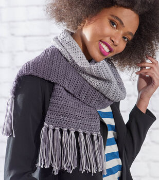 How To Make an Easy Ombre Crochet Scarf
