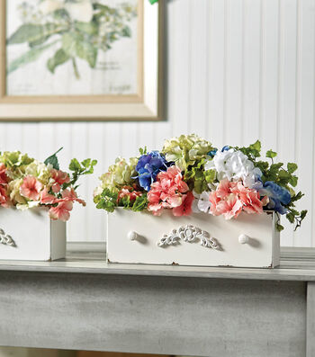 How To Make A Distressed Drawer with Flowers