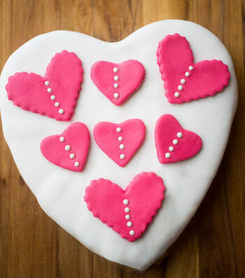Easy Heart Fondant Cake