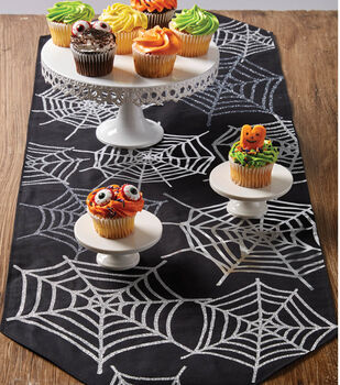 How To Make A Spiderweb Table Runner