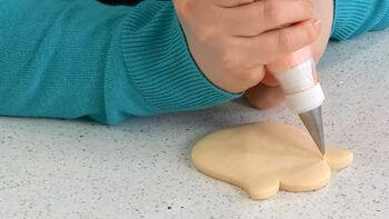Sweet Sugarbelle Tulip Cookie Decorating Video