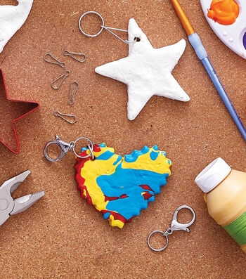 How To Make a Paint Pour Keychain