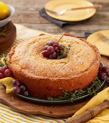 How To Make A Lemon Thyme Cake With Grapes