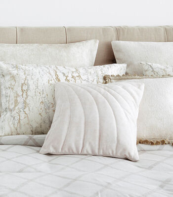 How To Make a Shell Inspired Quilted Pillow