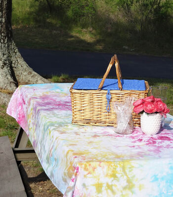 How To Make an Ice Dyed Tablecloth