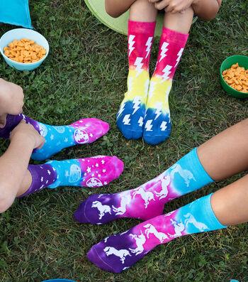 How To Make a Crazy Kids Tie-Dye Socks