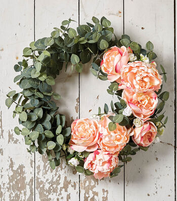 How To Make a Dark Eucalyptus Wreath