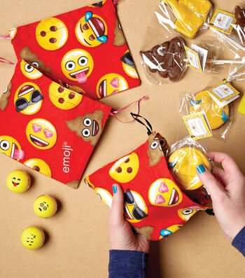 How To Make An Emoji Drawstring Bag
