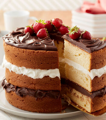 How to Make a Simply Chocolate and Vanilla Layer Cake