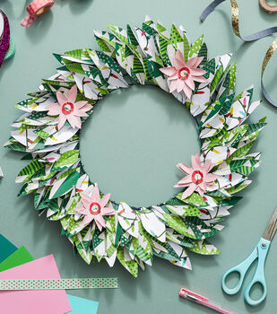 How To Make a Holiday Paper Wreath