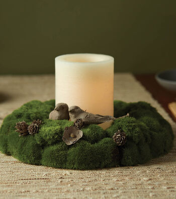 How To Make A Moss Wreath Centerpiece