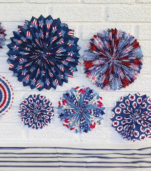 How To Make Patriotic Fabric Medallions