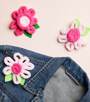 How to Make a Loopy Yarn Flower