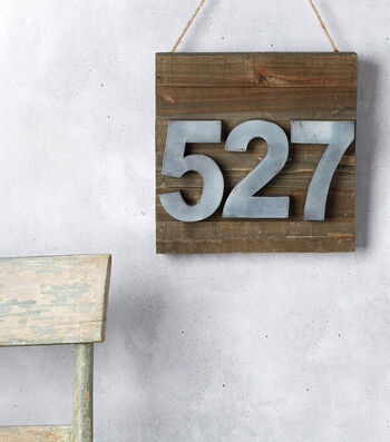 How to Make a House Number Pallet
