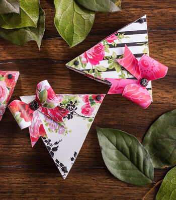 How To Make Triangle Floral Boxes