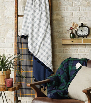 How To Make Flannel Blankets 3 Ways