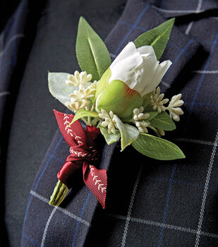 How To Make A Ribbon Boutonniere