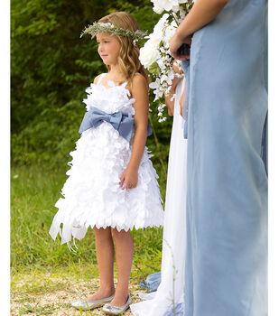 Bow As Dress detail