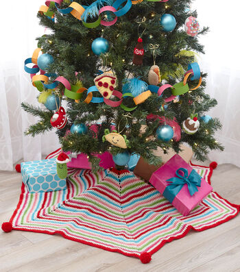 How To Crochet A Pompom Trimmed Tree Skirt