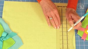 f5e5c87500 Make decorative edge no-sew fleece blankets with the June Tailor ...