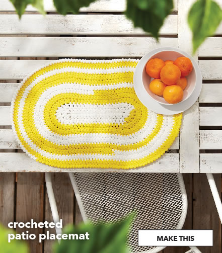 Crochet patio placemat. Make This.