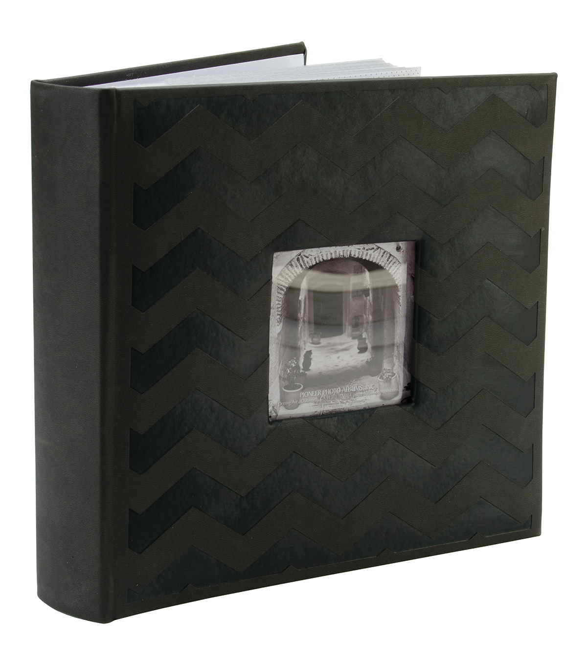 Embossed 2-Up Photo Album 4\u0022X6\u0022 200 Pockets, Black Chevron