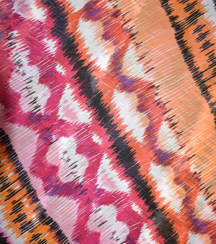 Fast Fashion Yoryu Chiffon Fabric-Azalea Zina Abstract