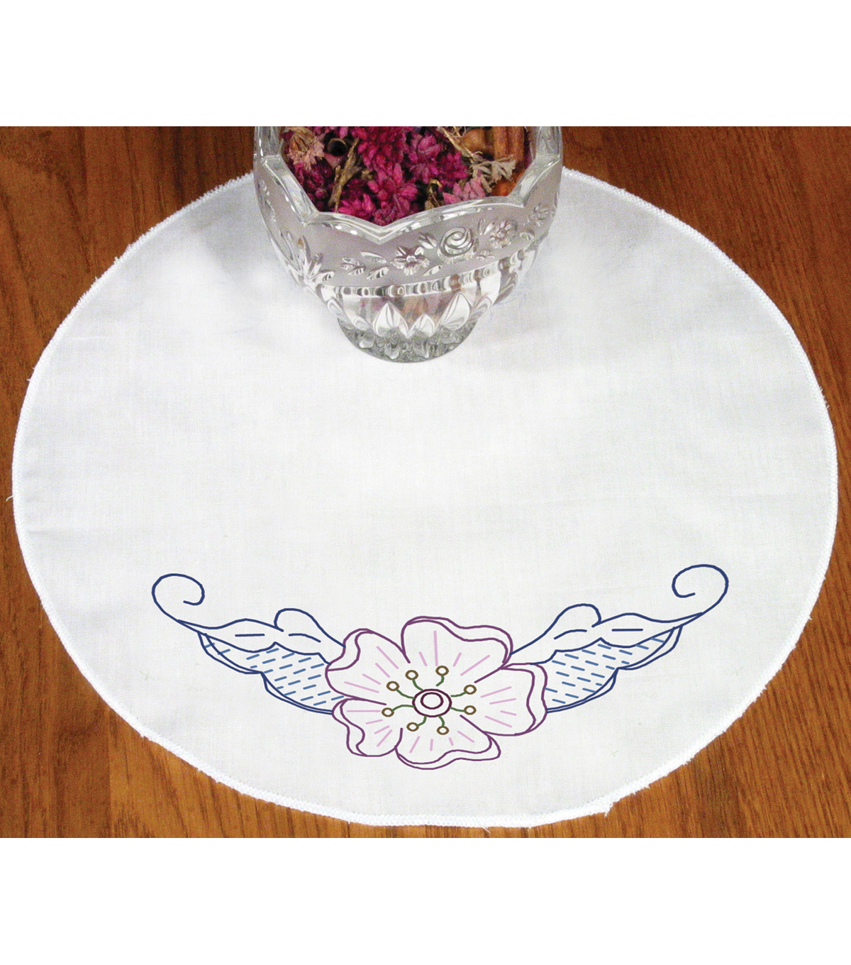 Fairway Stamped Round Doily Floral