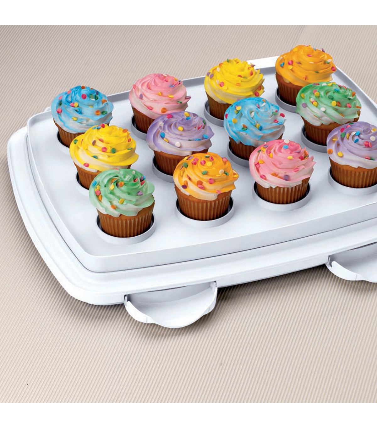 Wilton Oblong Cake and Cupcake Carrier - Cupcake Container