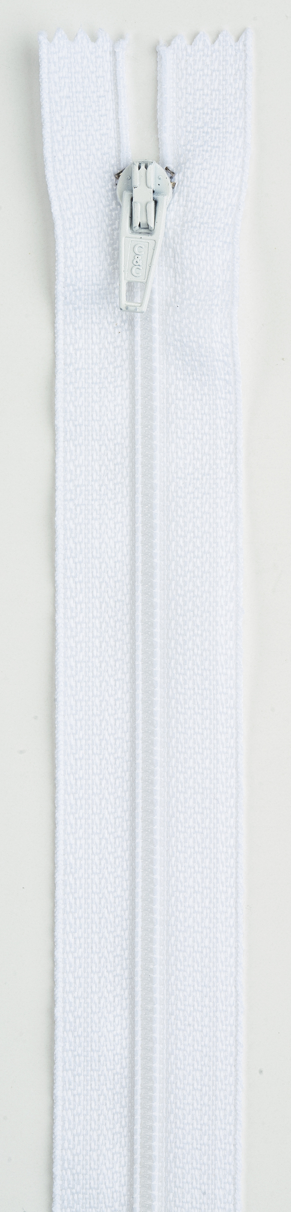 Coats & Clark All-Purpose Plastic Zipper 14\u0022 , White
