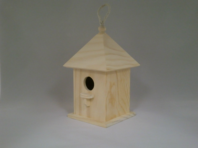 Large Birdhouse Pyramid Roof