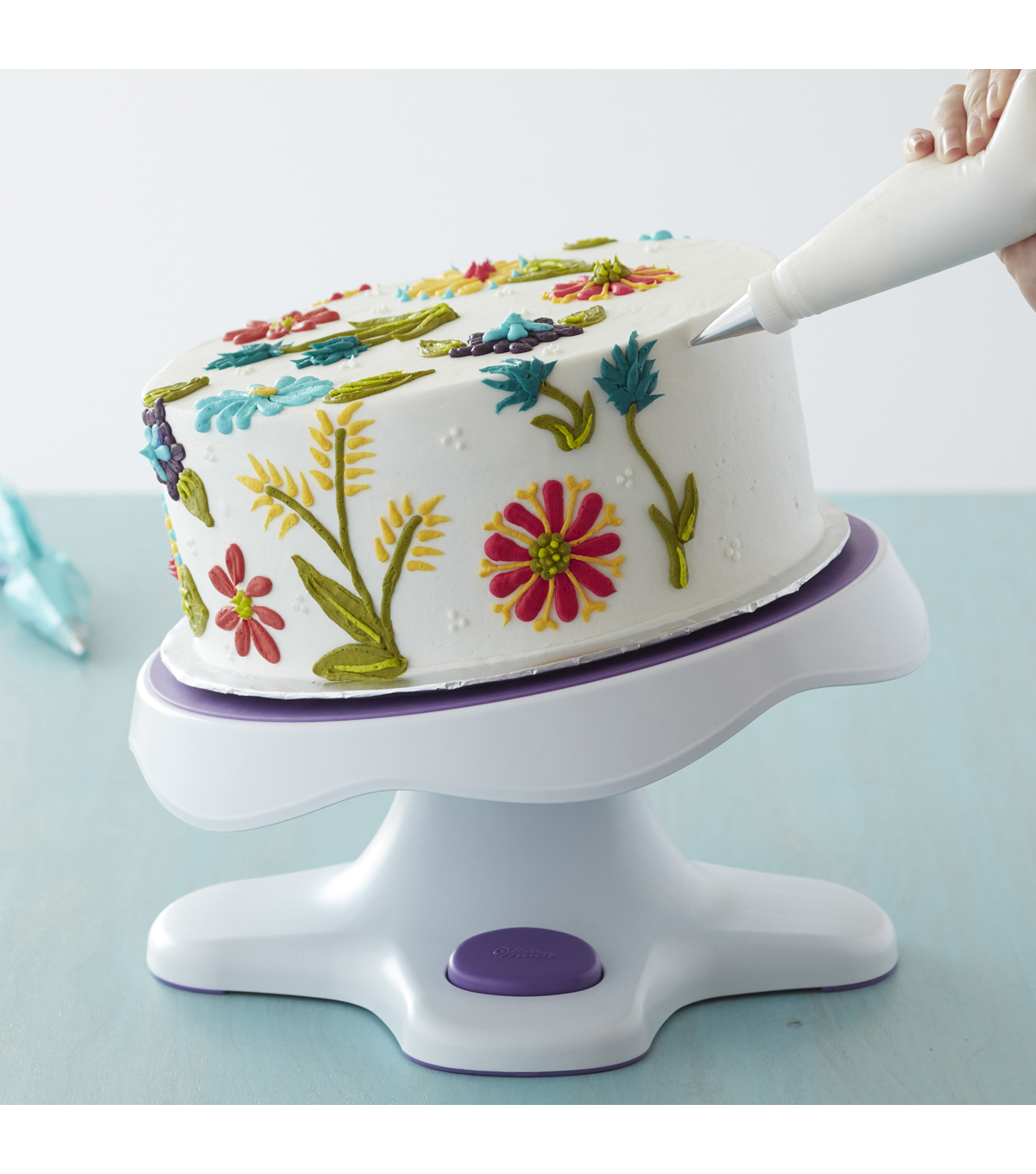 Wilton Tilt-N-Turn Ultra Cake Turntable - Cake Decorating Stand