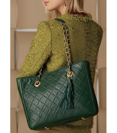 Vogue Pattern V9263 Handbags with Quilted Front & Inside Pocket Options