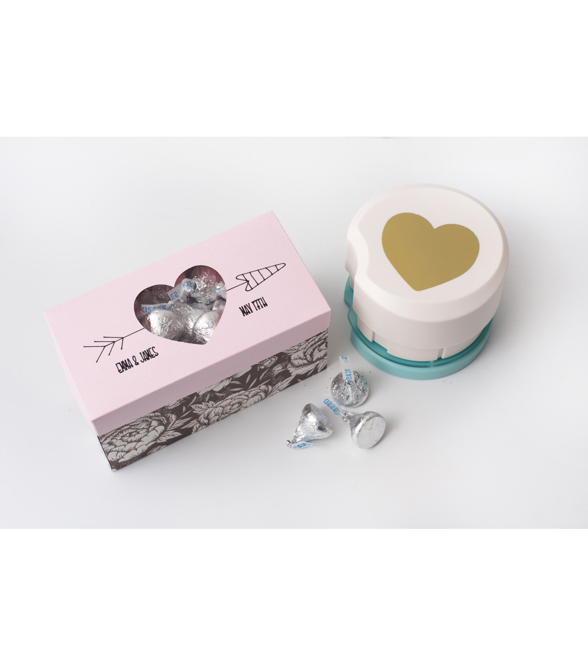 We R Memory Keepers 2\u0027\u0027 Clear Cut Punch-Heart