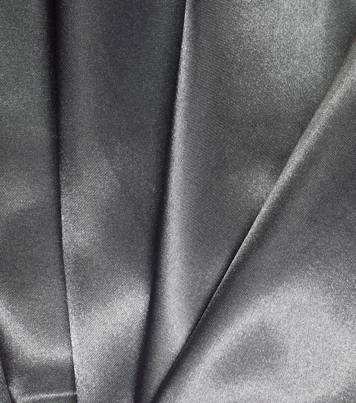 """1 X White//Gold Wet Look Shimmer Satin Fabric Bridal Dance Evening Dress 58"""" Wide"""