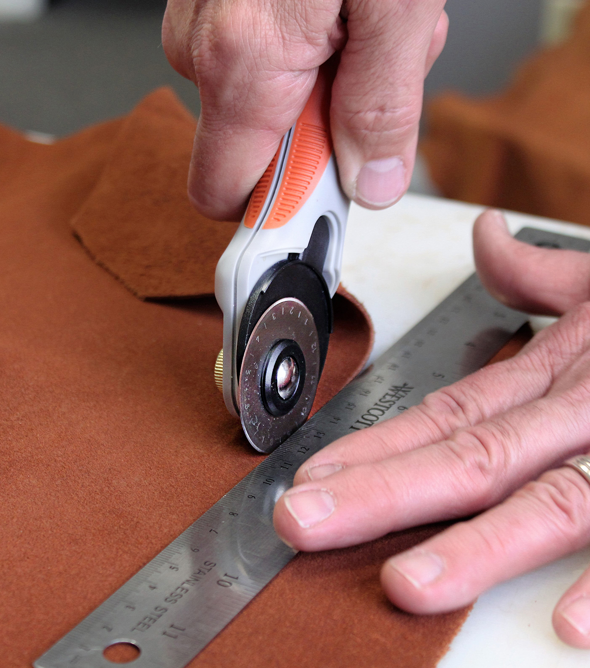 Realeather Crafts Leather Rotary Cutter