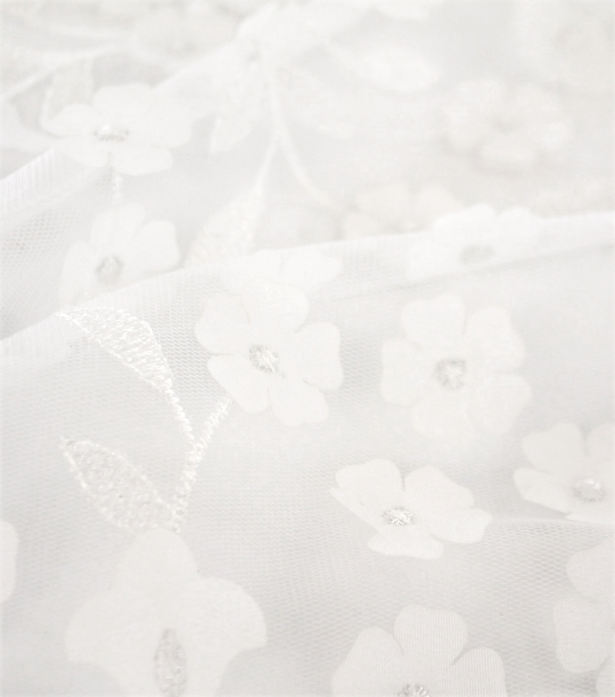 Sew Sweet Dahlia Mesh Fabric-3D White Embellished Floral