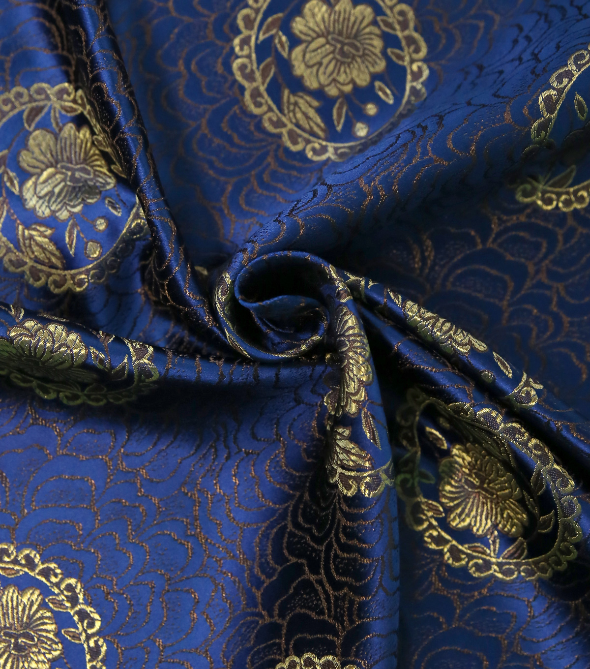 Brocade Fabric 44\u0027\u0027-Floral Medallion on Dazzling Blue