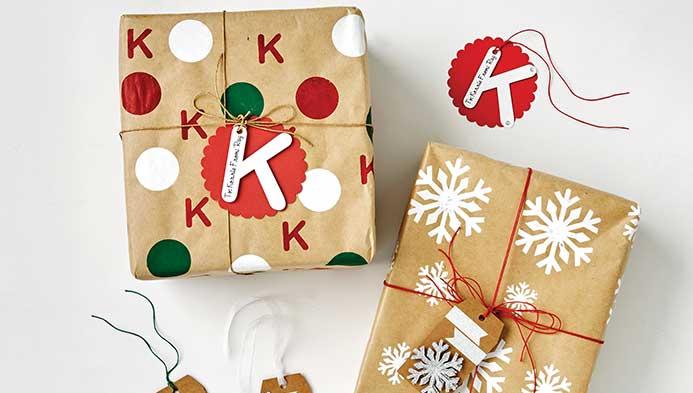 Cricut Stencils Gift Wrap & Gift Tags