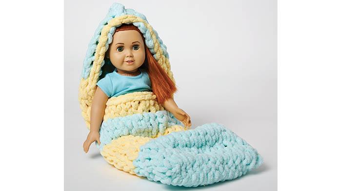 Loop Yarn Doll Sleeping Bag
