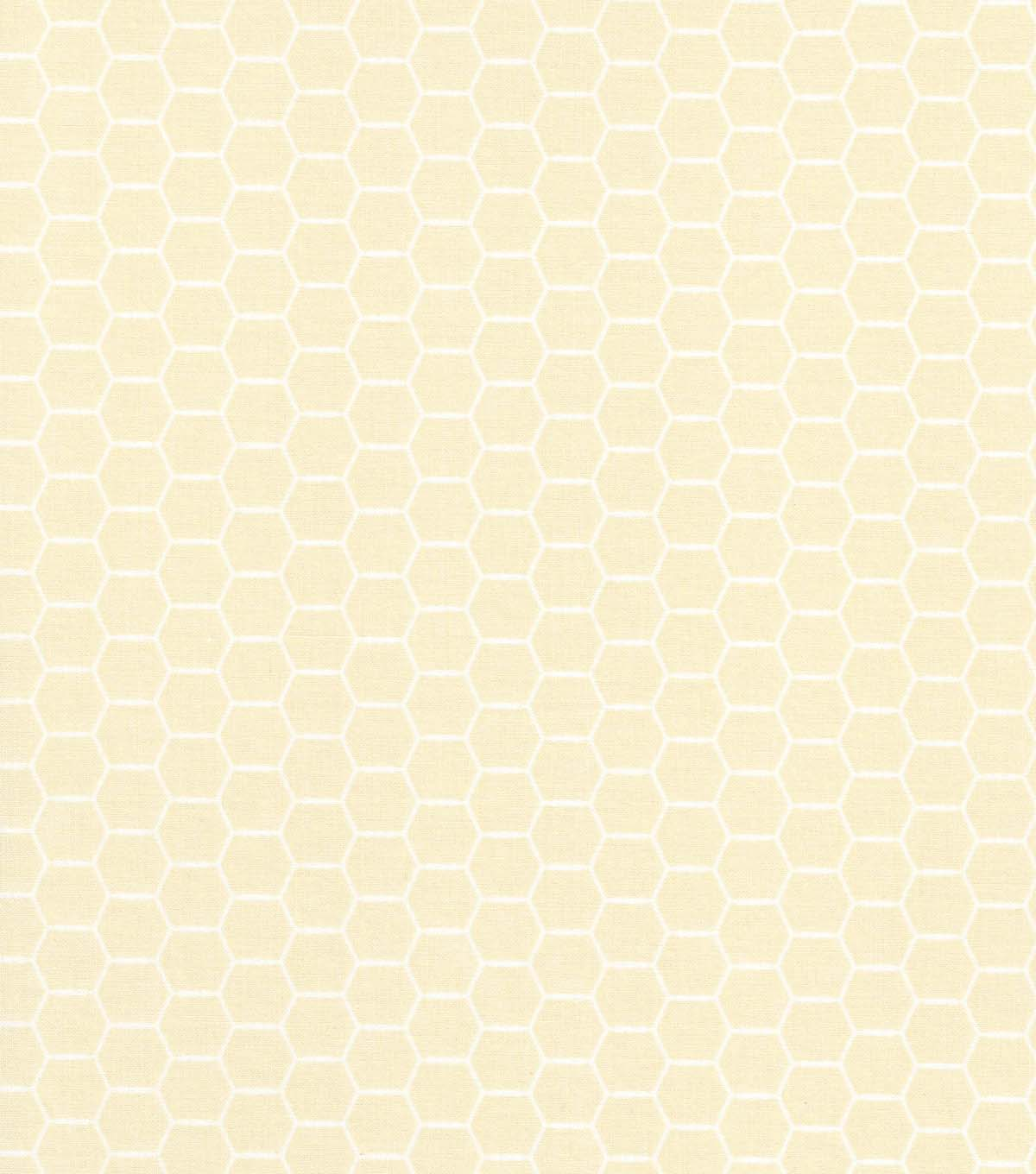 Quilter\u0027s Showcase Cotton Fabric -Hexagon Wire on Cream