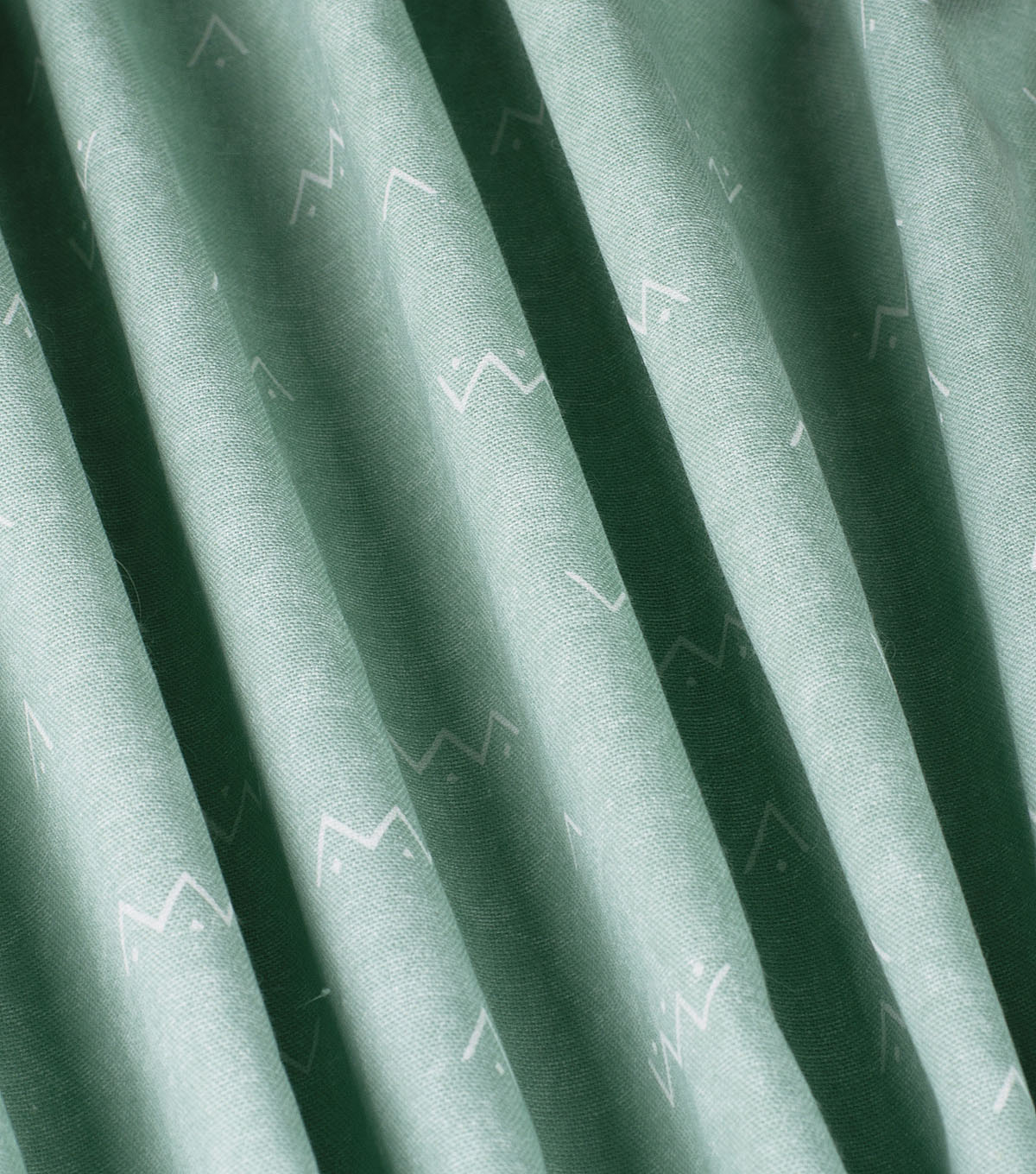 Waverly Upholstery Décor Fabric-Arrow Solid Seaglass