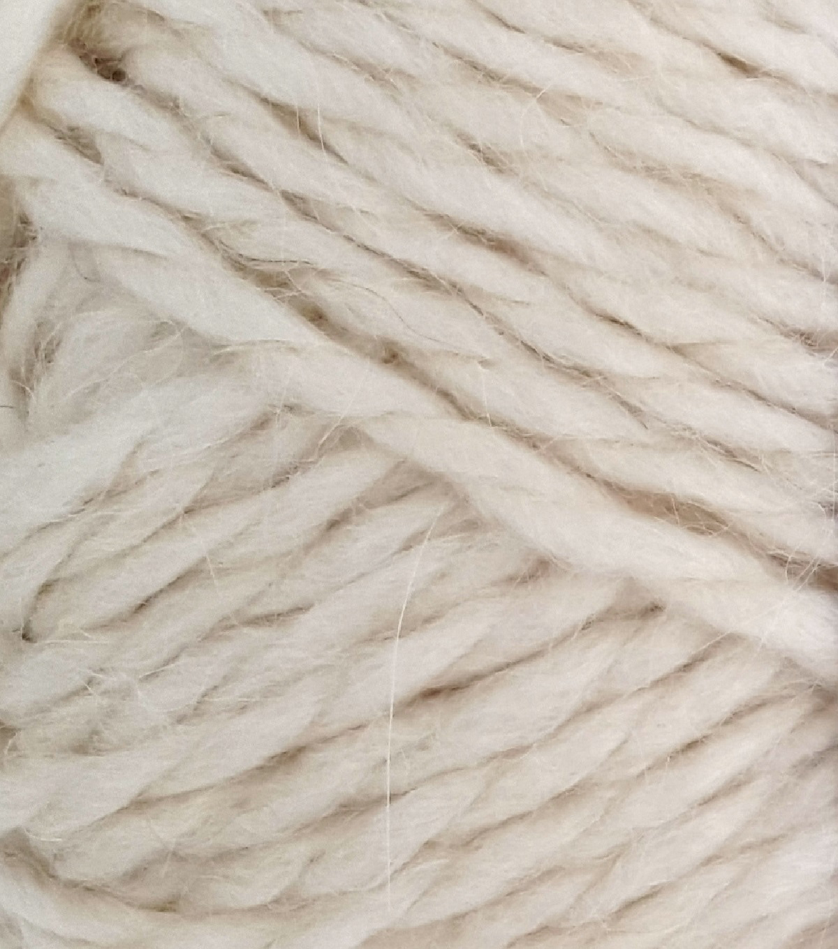 Buttercream Luxe Craft Alpaca Solids Yarn, Cream