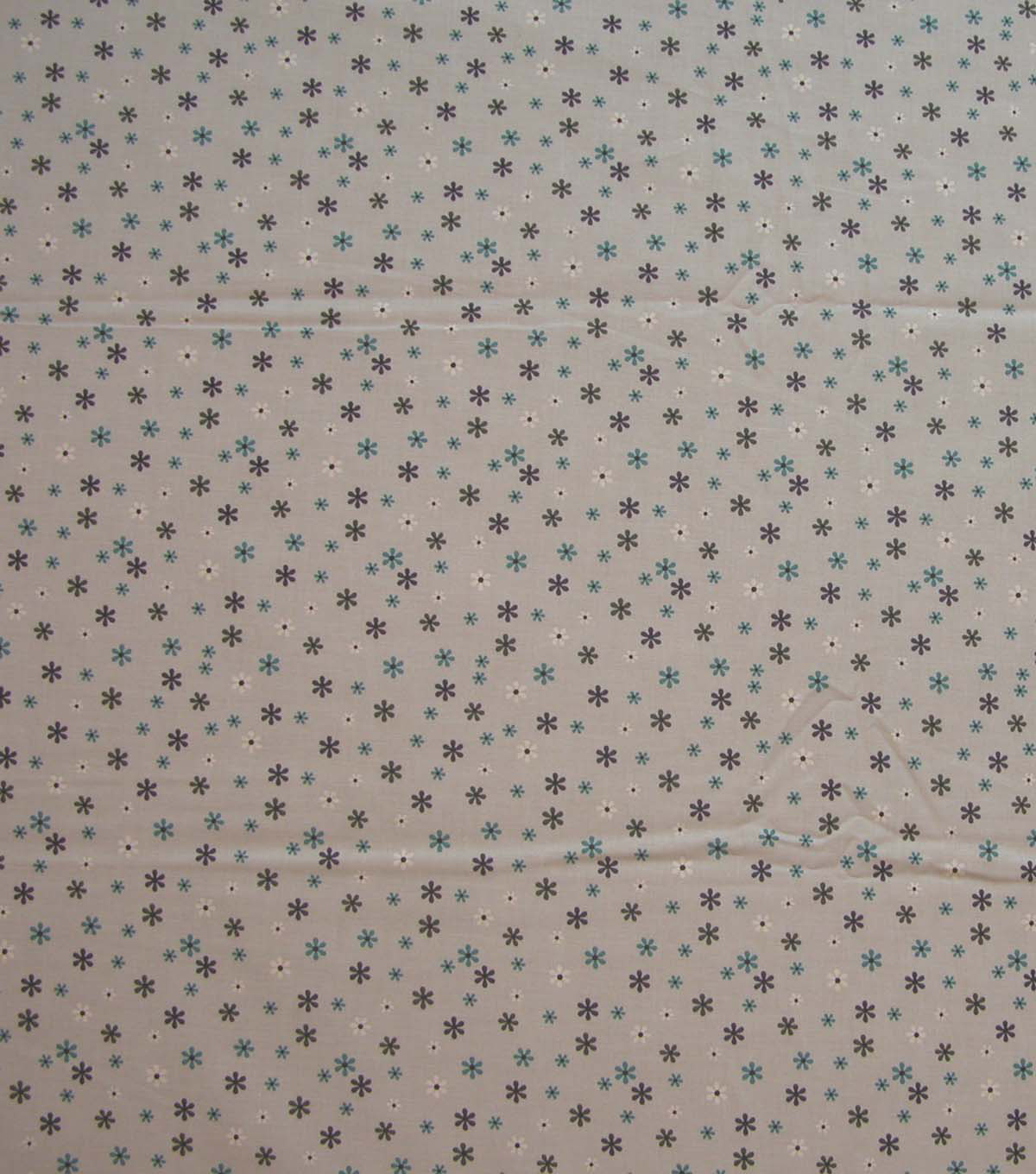 Quilter\u0027s Showcase Cotton Fabric-Little Flowers on Light Gray