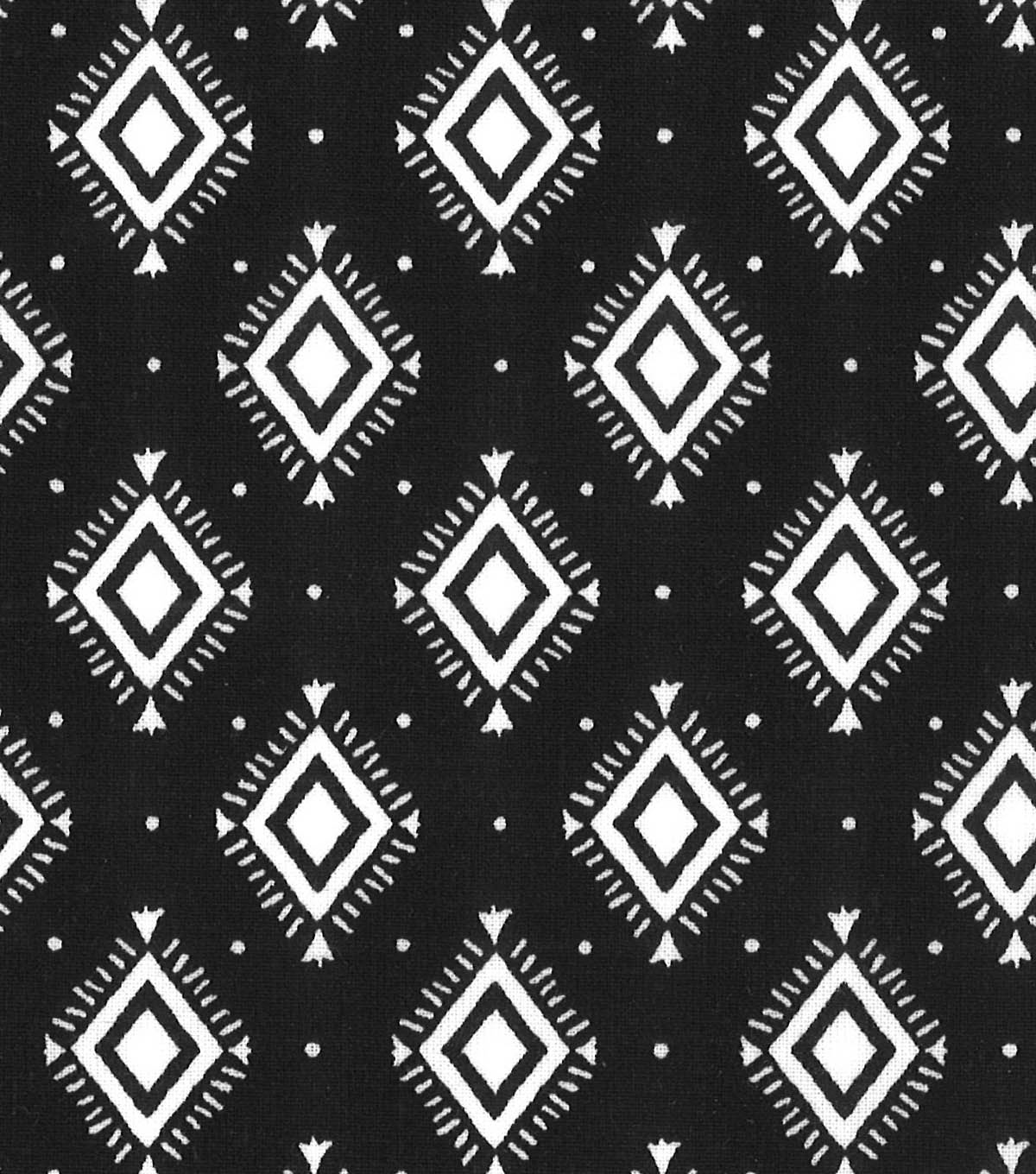 Quilter\u0027s Showcase Fabric -Aztec Geometric on Navy