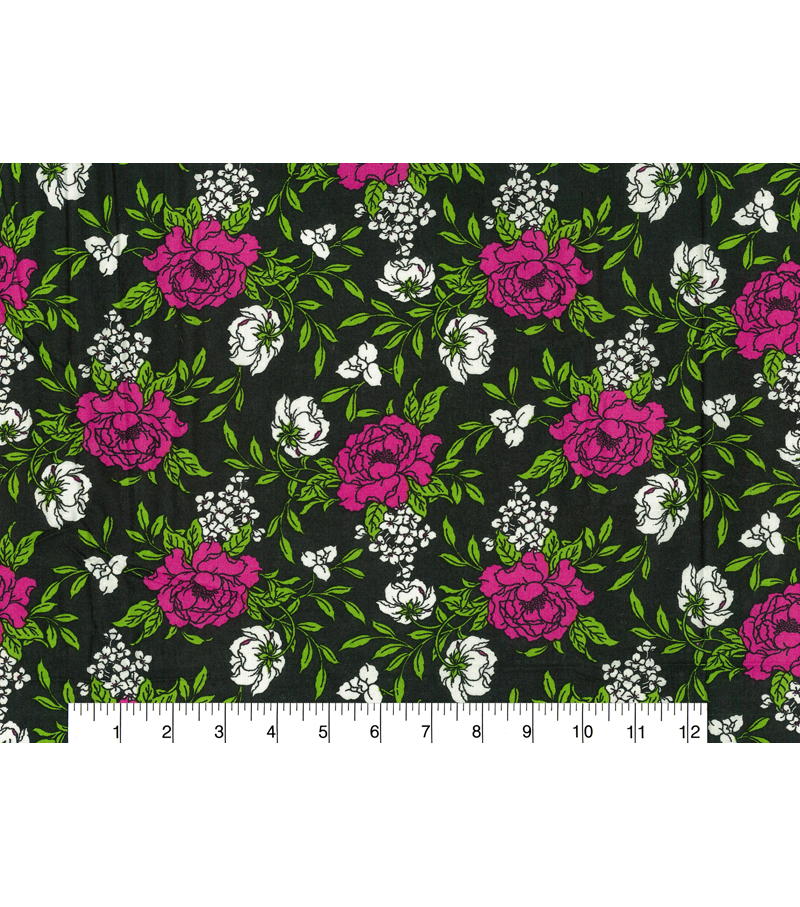 Quilter\u0027s Showcase Fabric -Raspberry & Green Large Floral