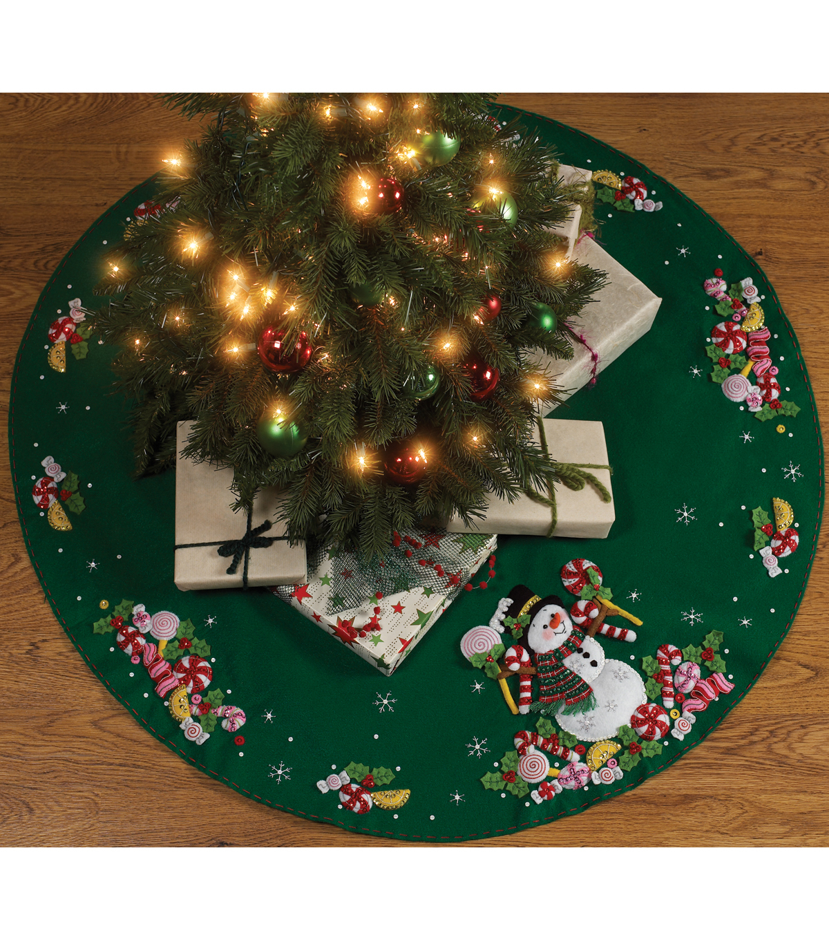 Candy Snowman Tree Skirt Felt Applique Kit-43\